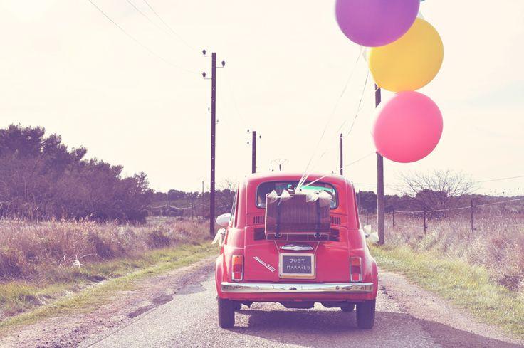 Des inspirations pour décorer la voiture des mariés
