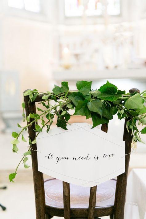 Des chaises des mariés au style végétal