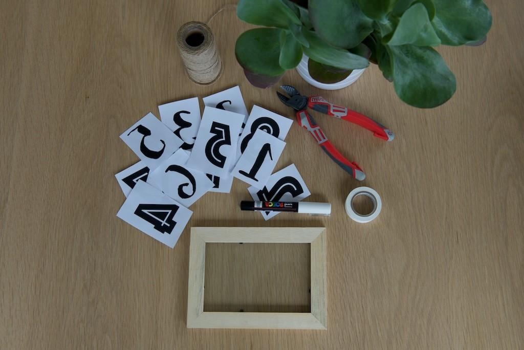 Matériel nécessaire pour réaliser des numéros de table simples et durables