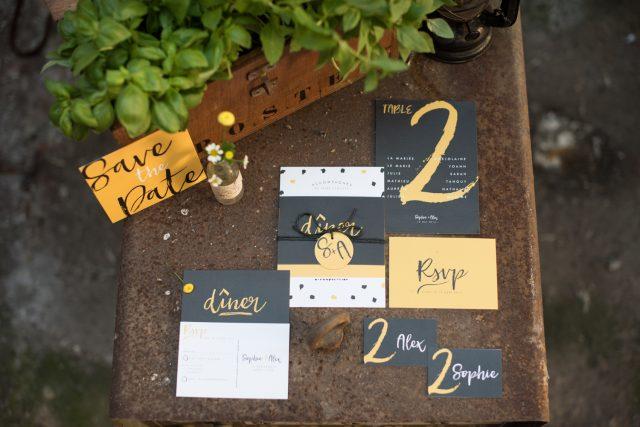 Faire-part et papeterie de table de la collection Eco Friendly - Papeterie pour un mariage industriel imaginée par Les P'tits Papiers - Photographe : Alexandra Maldémé
