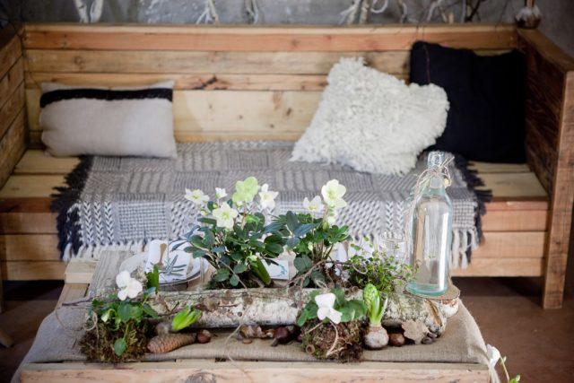 La décoration florale d'un mariage éco-responsable en Haute-Savoie - Photographe : Laurianne Conesa