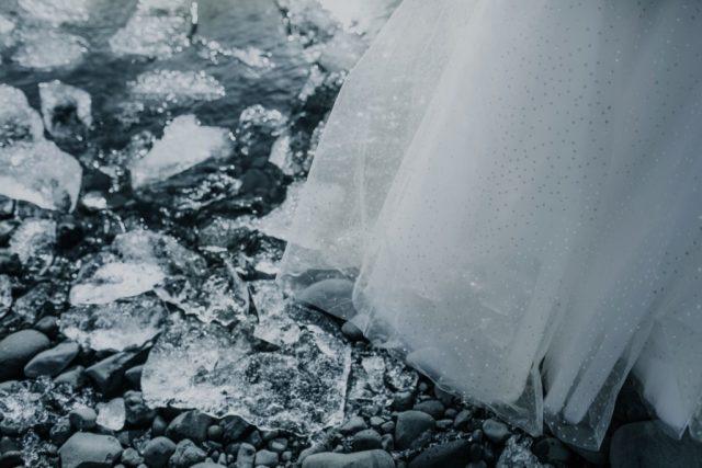 Détail de la robe de mariée Caelia - Maison Aurélie Mey - Créatrice vers Valence - Photographe : Alison Bounce