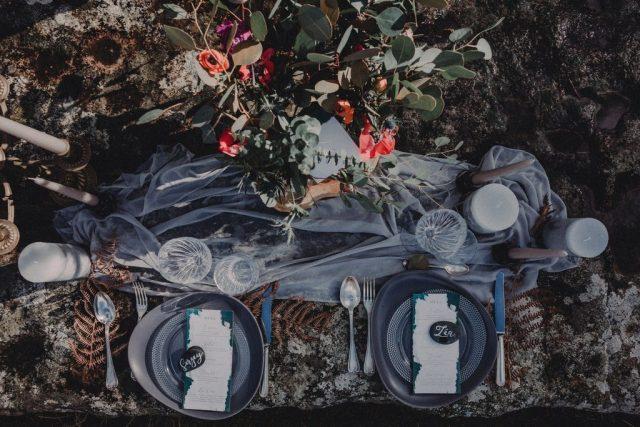 Décoration de table mariage aux accents celtiques - Création de La Papette - Photographe : Moonrise Photography