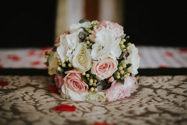 Photo d'un mariage élégant aux Trésoms à Annecy - Photographe : Anne Ucla