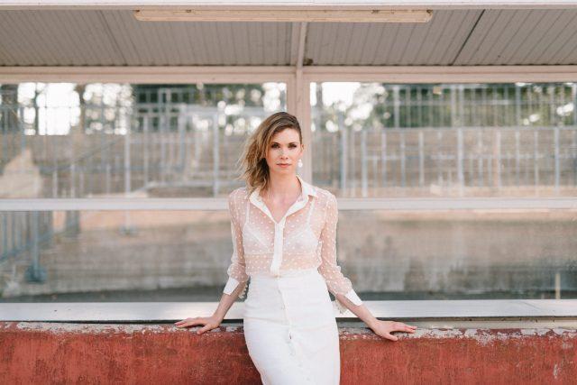 Robe de mariée de la collection 2018 de Clémentine Iacono - Créatrice de robes de mariée à Lyon - Photographe : Chloé Lapeyssonnie