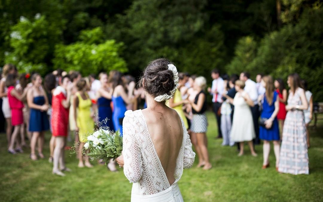 Comment lancer son bouquet de mariée