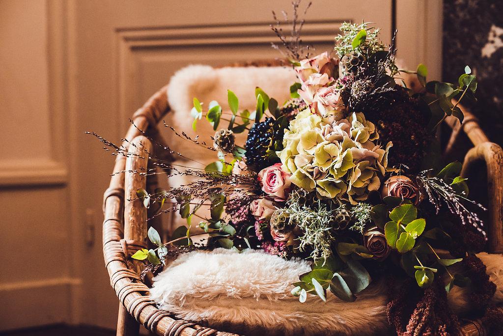 Shooting-kaa-couture-Léa-Ferry-menthe-sauvage-fleuriste-mariage-evenementiel-lyon-rhone-alpes-suisse-geneve-annecy