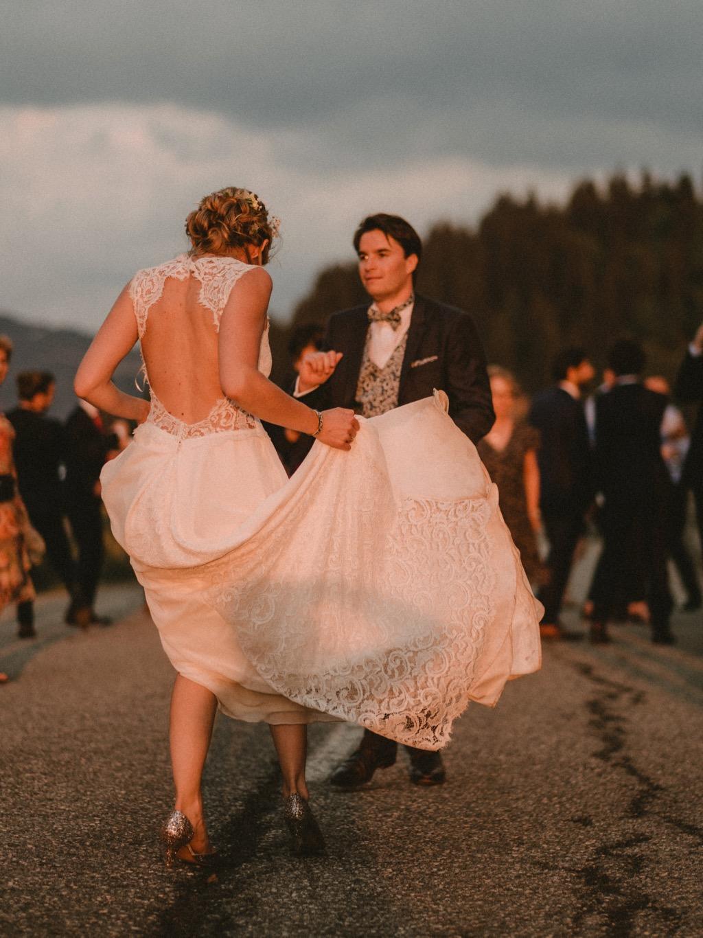 Mariés en train de dancer - Photographe : Gerald Mattel