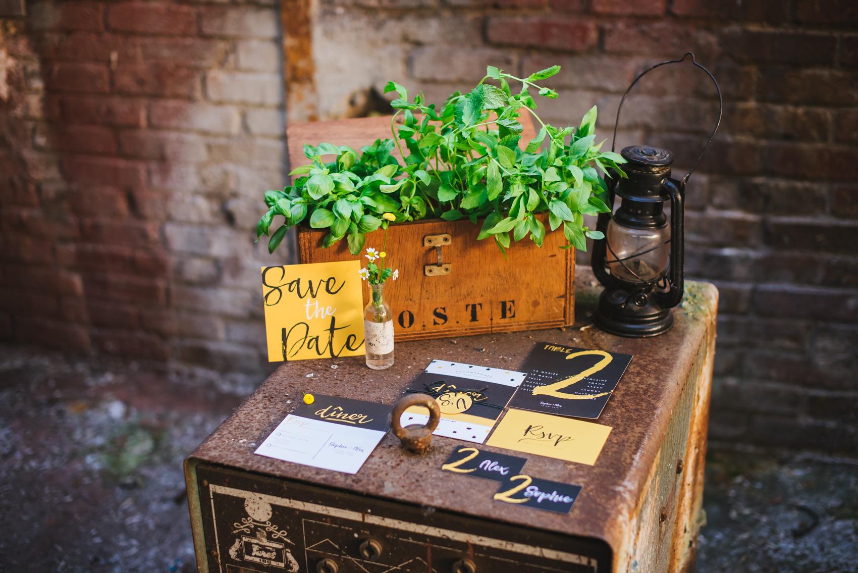 Papeterie de mariage au style industriel - Création Les P'tits Papiers - Photographe : Alexandra Maldémé