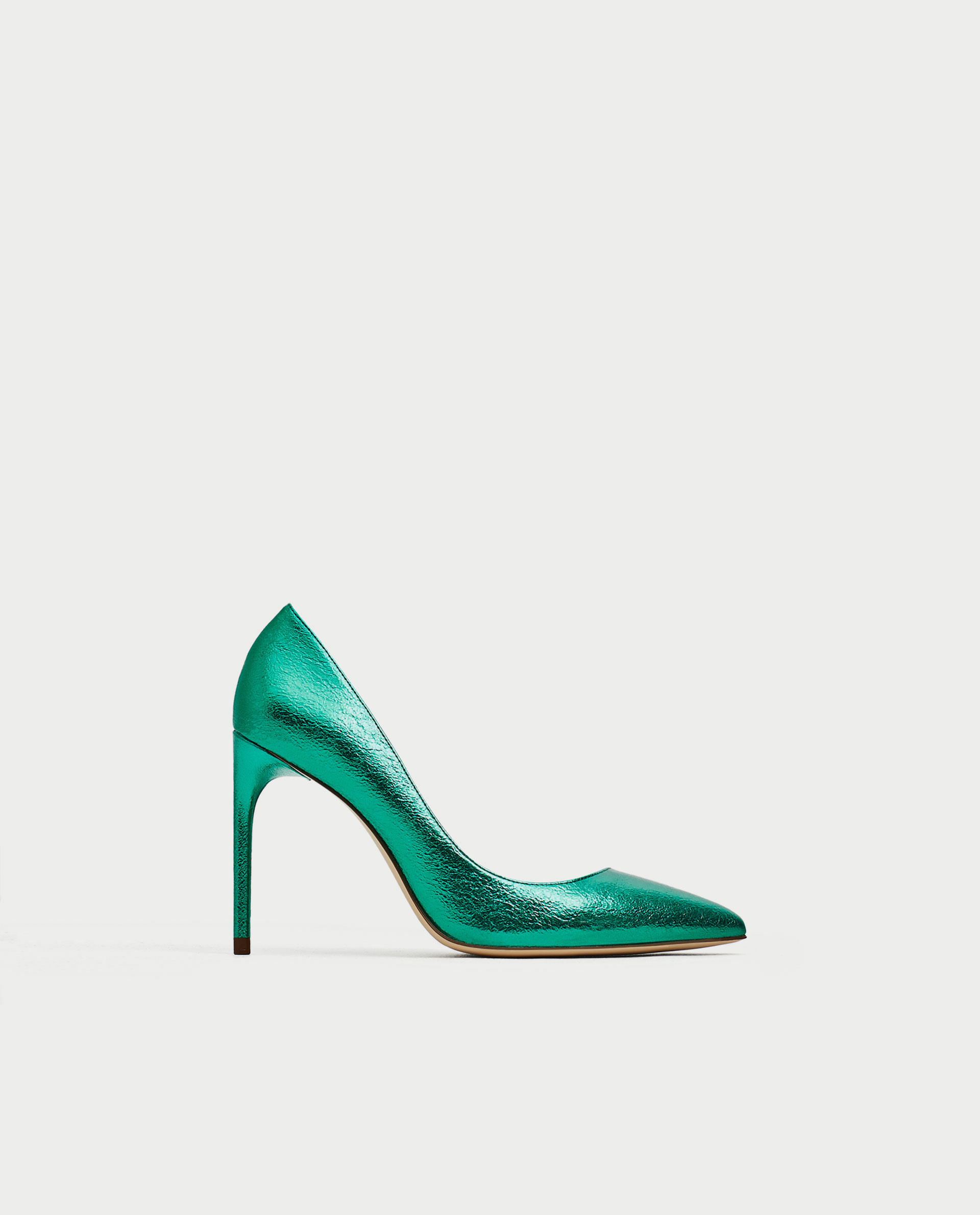 11. escarpins-hauts-metalliques-vert-chaussures-mariee