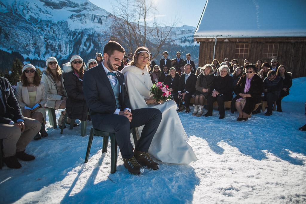 Cérémonie laïque dans la neige en extérieur - Photographe : Sylvain Bouzat